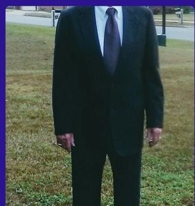 Norman Hilton - The Varsity Shop Suit - 47R; EUC